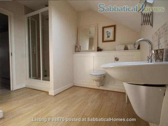 Large and comfortable en-suite studio Home Rental in Bounds Green, England, United Kingdom 2