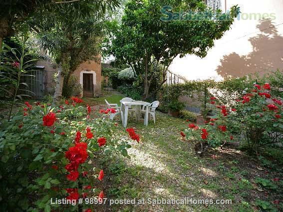 Trastevere flat and garden Home Rental in Rome, Lazio, Italy 2