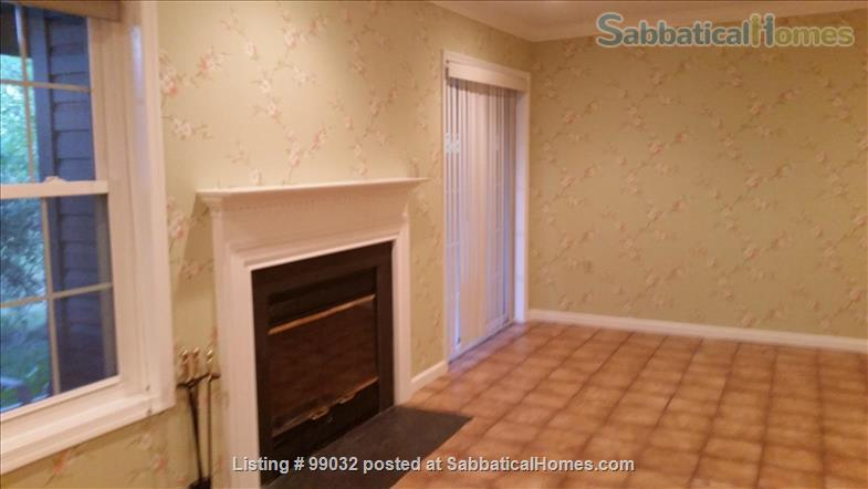 Beautiful 3-Bedroom, 2.5-Baths Furnished Town Home in Greenbelt, MD Home Rental in Greenbelt, Maryland, United States 9