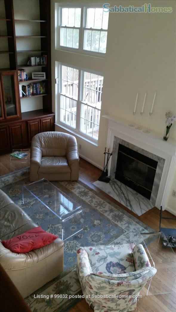 Beautiful 3-Bedroom, 2.5-Baths Furnished Town Home in Greenbelt, MD Home Rental in Greenbelt, Maryland, United States 3