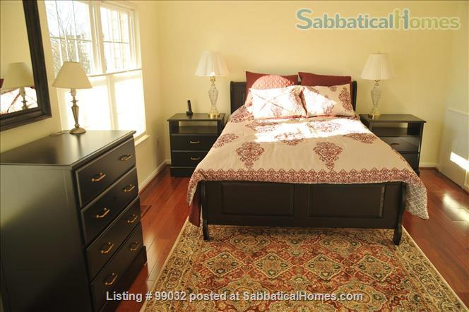Beautiful 3-Bedroom, 2.5-Baths Furnished Town Home in Greenbelt, MD Home Rental in Greenbelt, Maryland, United States 6