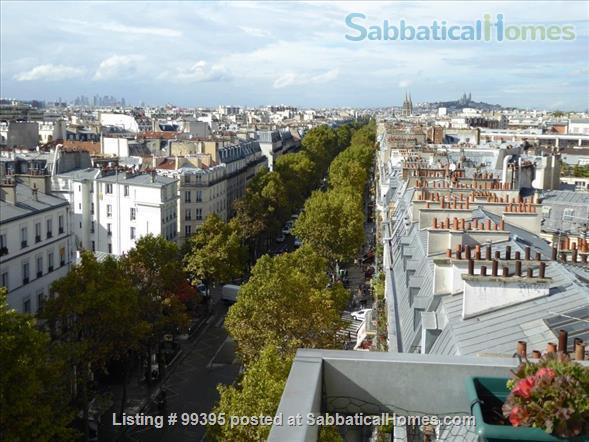 Sunny flat with a fantastic panoramic view over Paris, 2 bedrooms and 1 large living room Home Rental in Paris, IDF, France 1