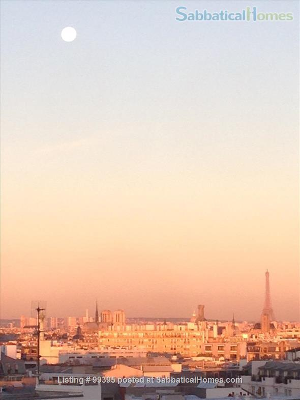 Sunny flat with a fantastic panoramic view over Paris, 2 bedrooms and 1 large living room Home Rental in Paris, IDF, France 2