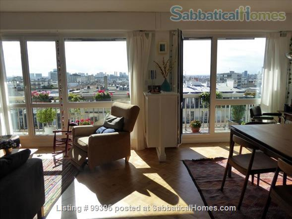 Sunny flat with a fantastic panoramic view over Paris, 2 bedrooms and 1 large living room Home Rental in Paris, IDF, France 3