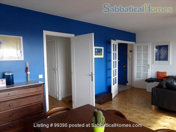 Sunny flat with a fantastic panoramic view over Paris, 2 bedrooms and 1 large living room Home Rental in Paris, IDF, France 4