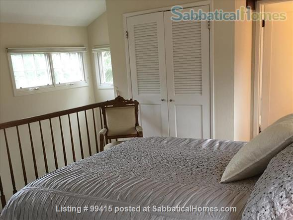 Fully furnished residence near Stanford, CalTrain, restaurants Home Rental in Palo Alto 8