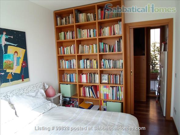"""Bergamo: cosy apartment with large terrace and wonderful view on """"città alta"""" Home Rental in Bergamo, Lombardia, Italy 8"""
